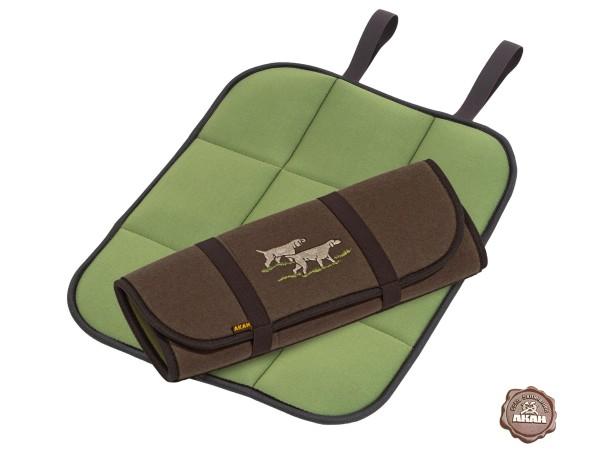AKAH Faltbares Sitzkissen mit Jagdhund-Stickerei (braun/grün)